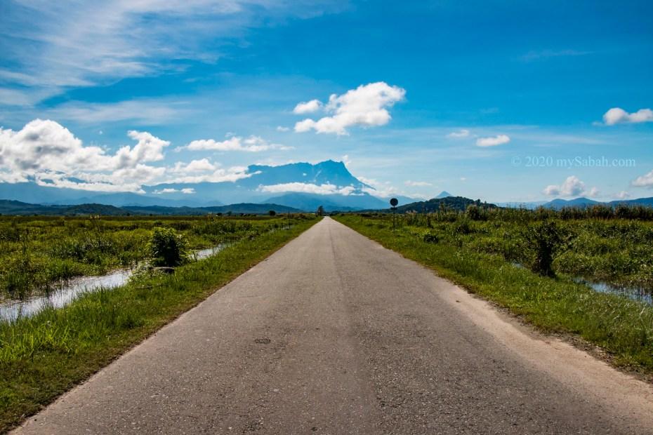 900-Meter-long straight road to Mount Kinabalu
