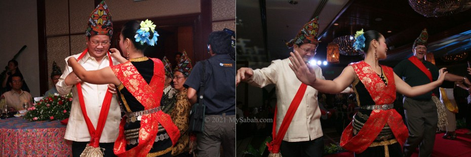 Inviting VIP and dignitaries to dance Sumazau
