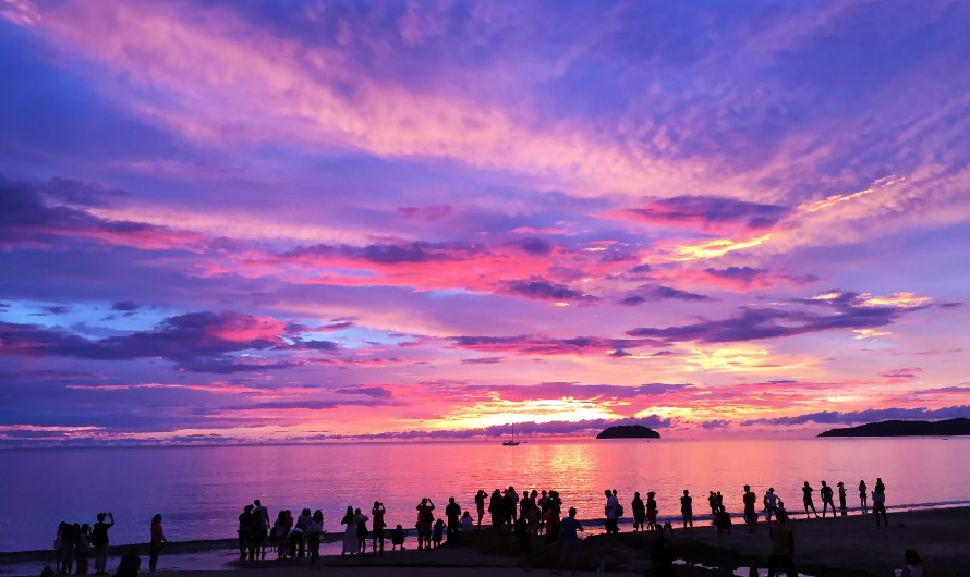 Tanjung Aru Beach, the Sunset and Lover Beach of Sabah