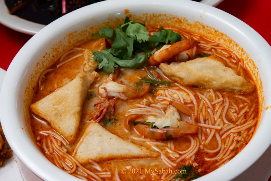 Tom Yam noodle soup with Sandakan fish cake and prawns