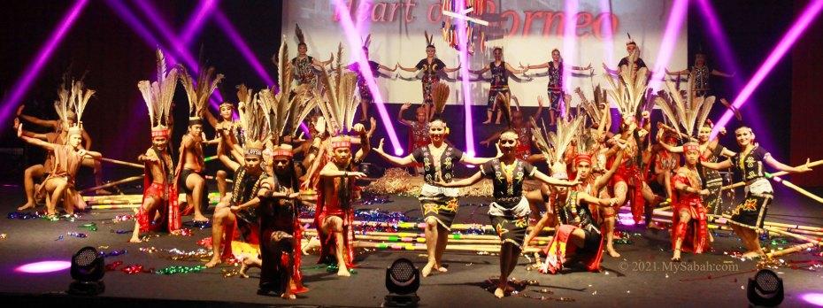 Ending pose of Magunatip bamboo dance