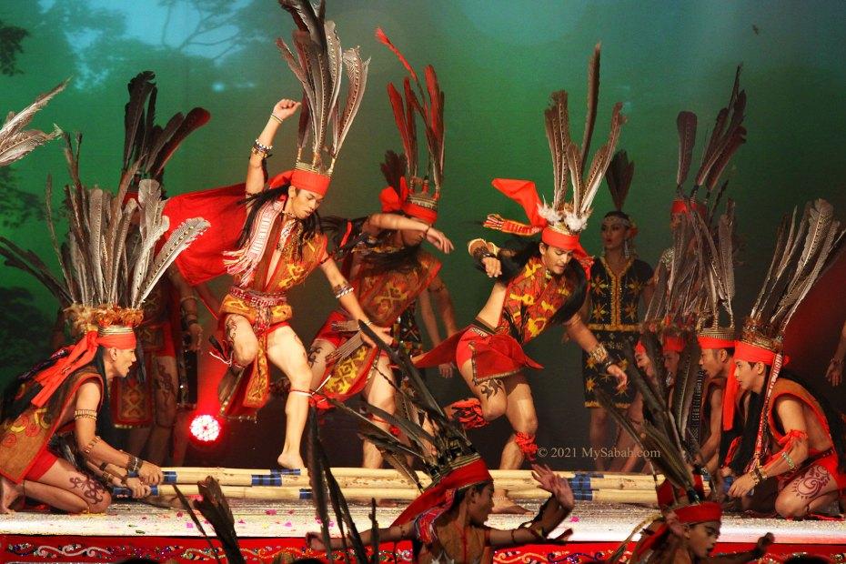 Magunatip bamboo dance of Murut people