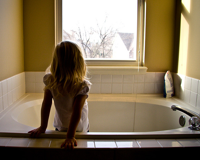 Lead Poisoning In Children Blame Old Bathtubs