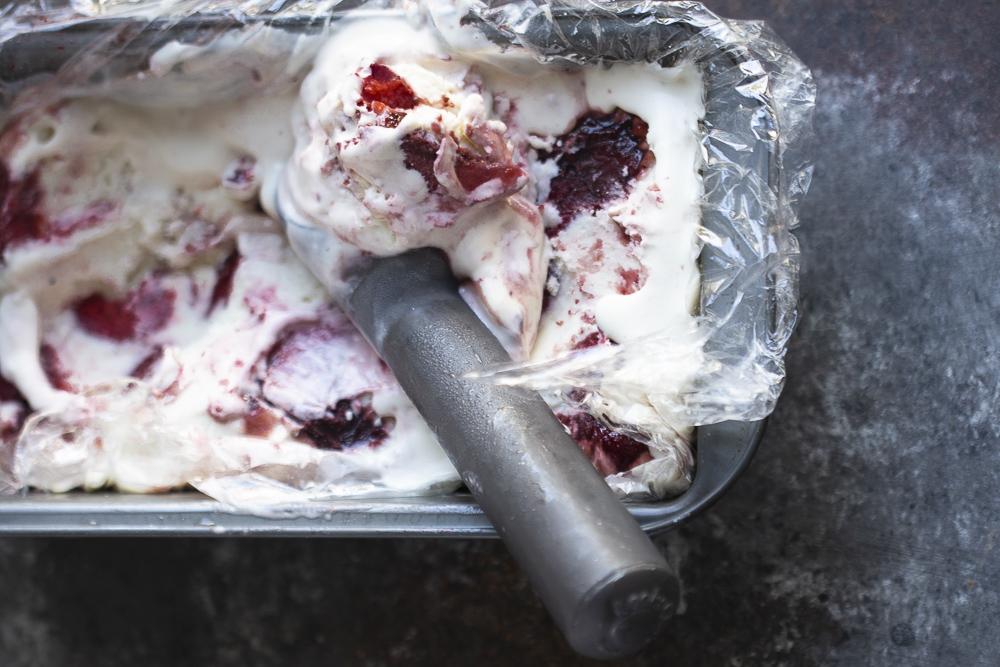 roasted strawberry vegan ice cream