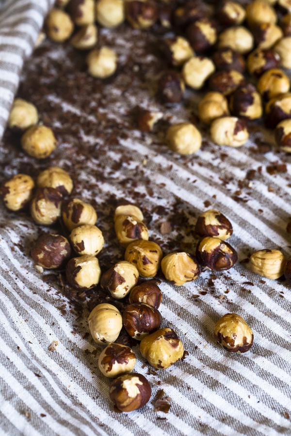 skinned hazelnuts for homemade nutella