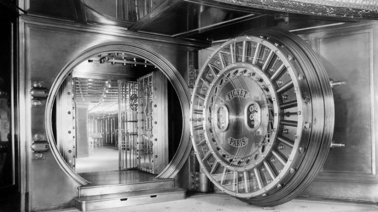 """Résultat de recherche d'images pour """"coffre fort banque"""""""