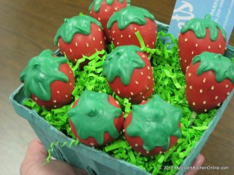 strawberry cake pops by Becky Parker