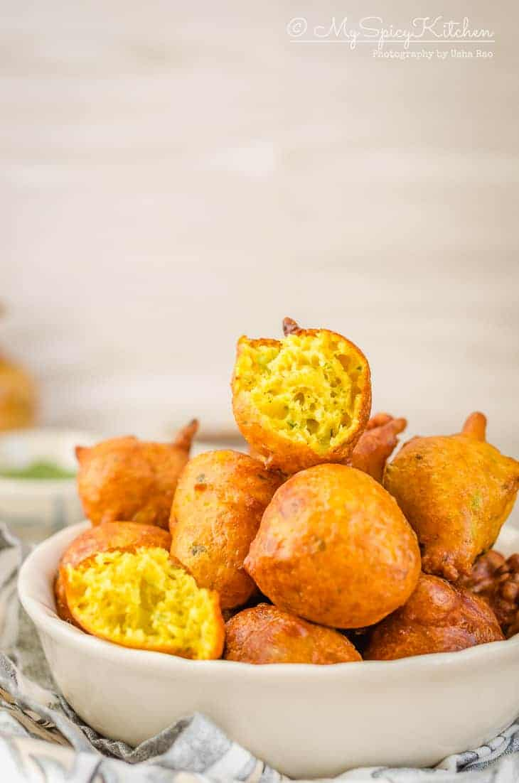 Pholourie, Deep fried Trinidadian snack, Trinidadian Food, Guyanese Food, Deep Fried fritters,