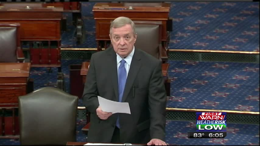Durbin Not Going to Quit on Gun Control Laws_39035215-159532