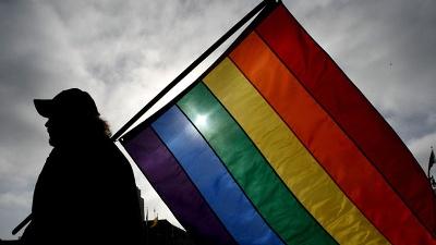 Gay-pride-flag-blurb-jpg_20161113080903-159532