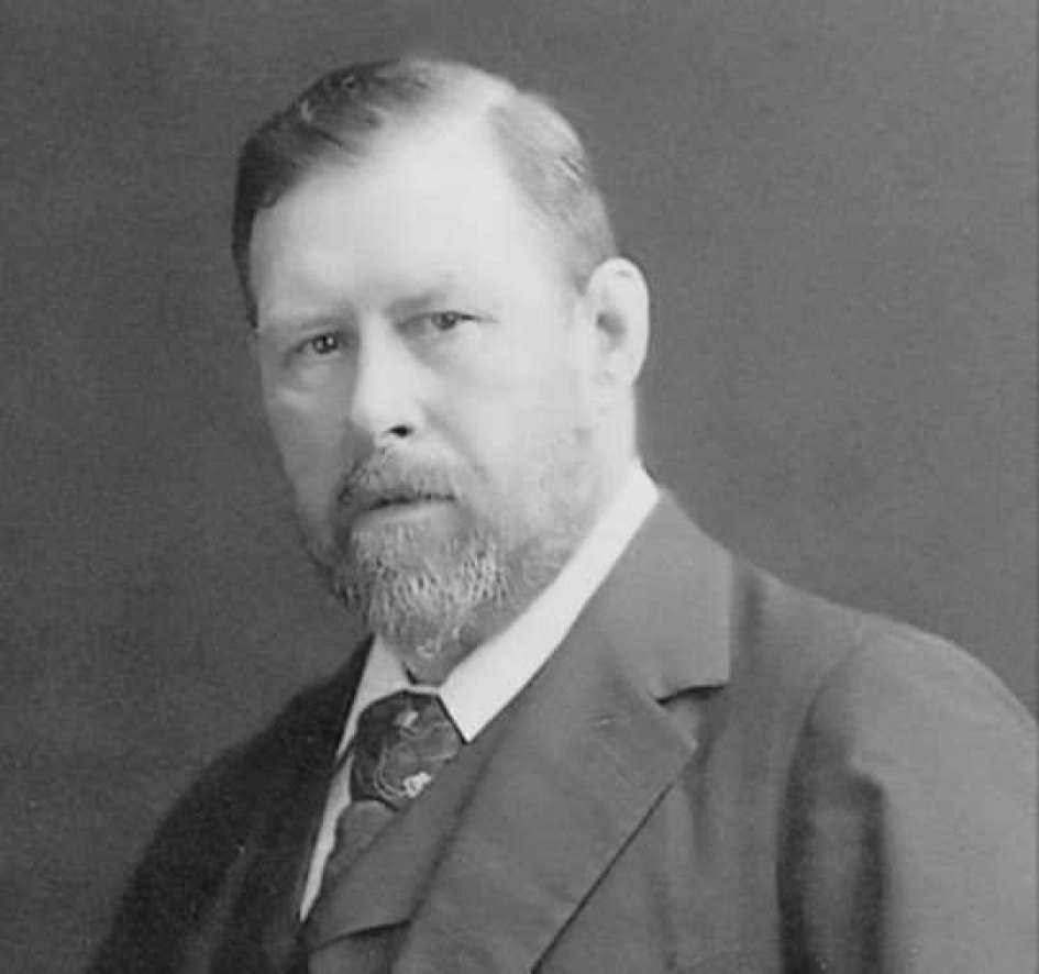 Bram Stoker photographed in about 1906