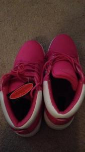 Pink Lugz 01