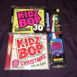 KidzBop Christmas 2015