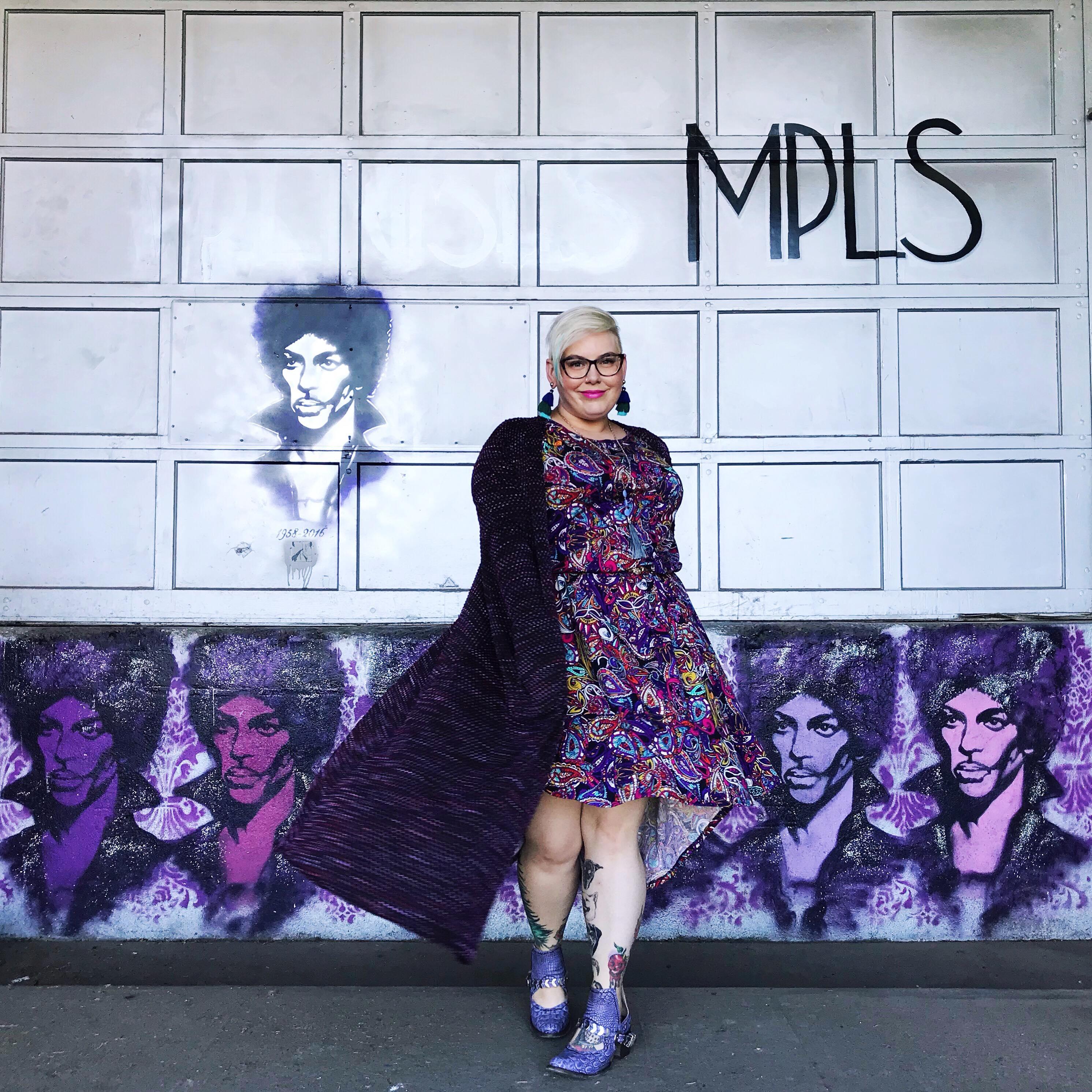 c5b136e7e492fc Small Business Spotlight: LuLaRoe with Tara #shopsmall - Mysterious ...