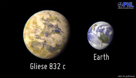 gliese-832-comp