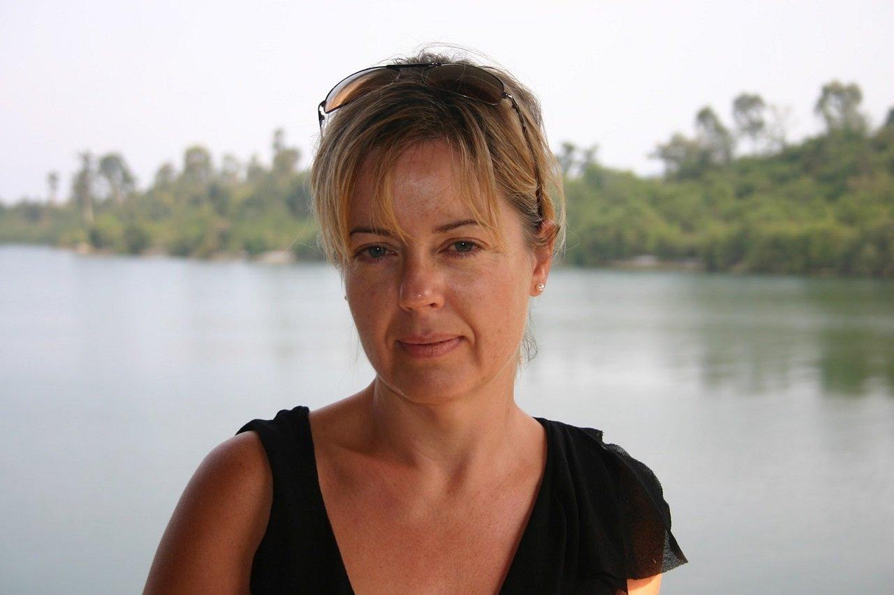 D. E. Meredith author mystery