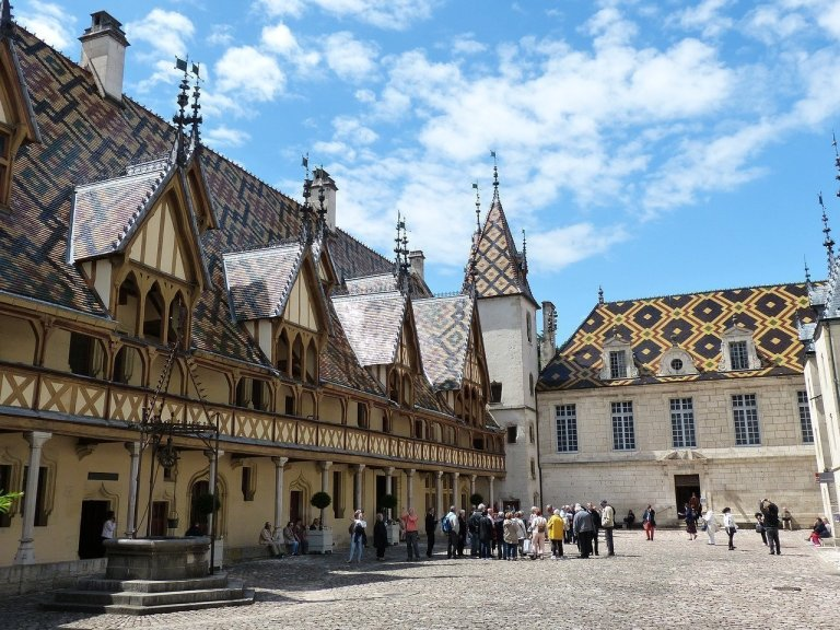 Susan C. Shea And Her Charming Tale of Love & Death In Burgundy