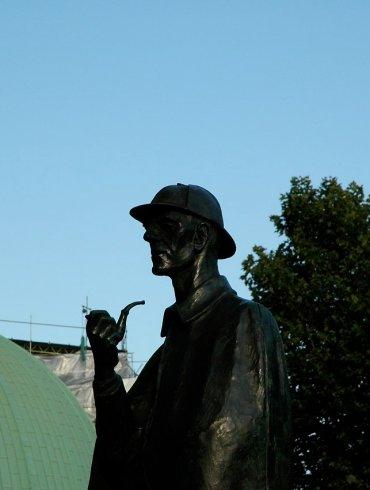 curious sir arthur conan doyle facts on sherlock holmes day