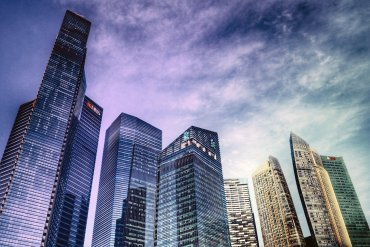 Review The Singapore School of Villainy By Shamini Flint