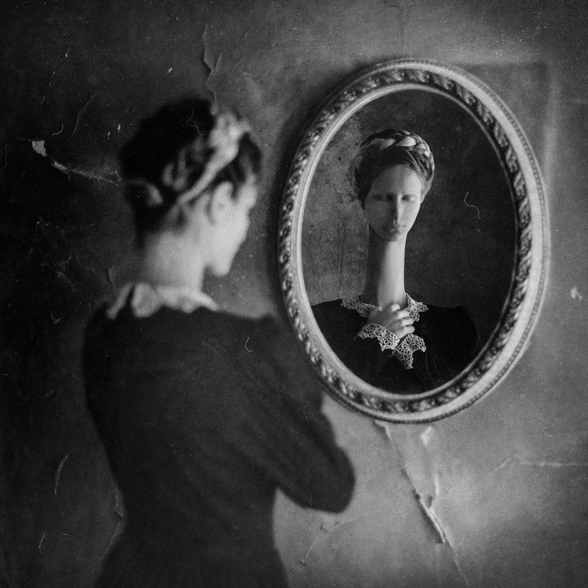 Otherworldly Imagery Of Frank Diamond surreal photography Mutant