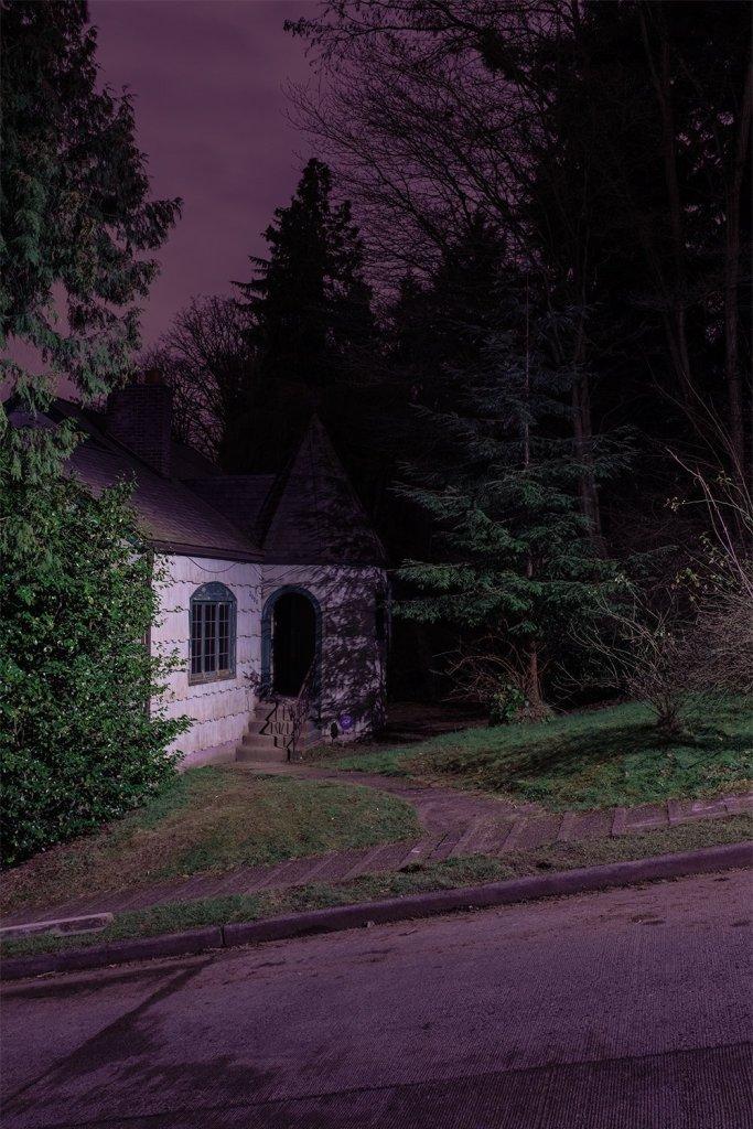 Masterful And Suspenseful Night Photography Of Darren Ellis 14