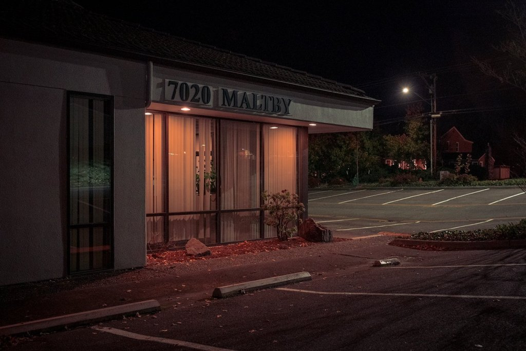 Masterful And Suspenseful Night Photography Of Darren Ellis 4