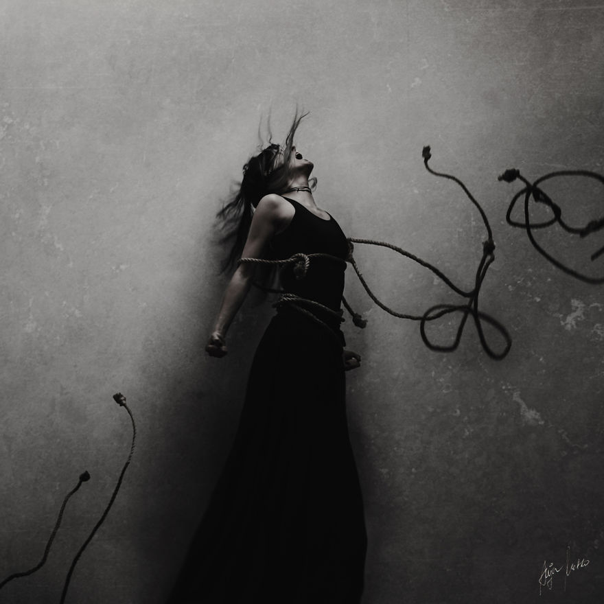 Magnificent And Mysterious Self-Portrait Photography By Anja Matko 9