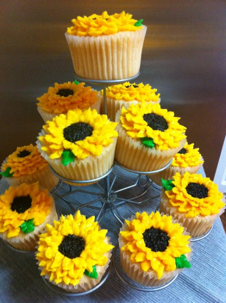 Sunflower Cupcakes  Miss Moffetts Mystical Cupcakes