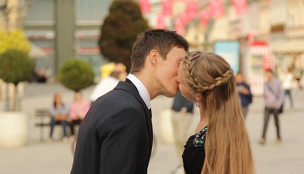 8 Magical Phrases For A Long Lasting Relationship - Mystic Compatibility