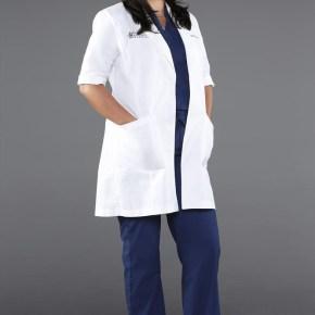 """GREY'S ANATOMY - ABC's """"Grey's Anatomy"""" stars Sara Ramirez as Dr. Callie Torres. (ABC/Bob D'Amico)"""