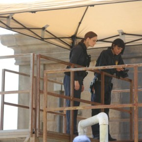 """BONES: Brennan (Emily Deschanel, L) and Cam (Tamara Taylor, R) investigate the murder of a state department accountant, whose remains were found in a hotel air conditioning unit in the """"The Secrets in the Proposal"""" season premiere episode of BONES airing Monday, Sept. 16 (8:00-9:00 PM ET/PT) on FOX. ©2013 Fox Broadcasting Co  Cr: Patrick McElhenney/FOX"""
