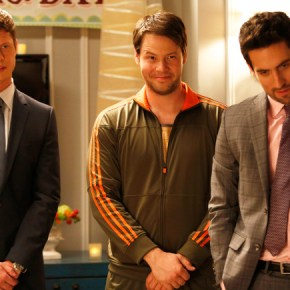 """THE MINDY PROJECT: Anders Holm guest-stars as Casey in the """"All My Problems Solved Forever"""" season premiere episode of THE MINDY PROJECT airing Tuesday, Sept. 17 (9:30-10:00 PM ET/PT) on FOX. ©2013 Fox Broadcasting Co. Also pictured L-R: Ike Barinholtz and Ed Weeks. Cr: Greg Gayne/FOX"""