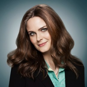 BONES:  Emily Deschanel as Dr. Temperance Brennan.  The ninth season of BONES premieres Monday, Sept. 16 (8:00-9:00 PM ET/PT) on FOX. ©2013 Fox Broadcasting Co.  Cr:  Brian Bowen Smith/FOX