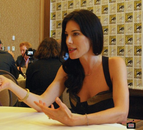 Jaime Murray Defiance (2)