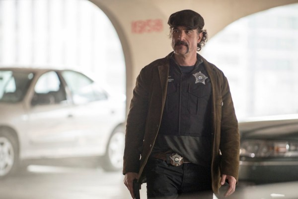 "CHICAGO P.D. -- ""Debts of the Past"" Episode 304 -- Pictured: Elias Koteas as Alvin Olinsky -- (Photo by: Matt Dinerstein/NBC)"