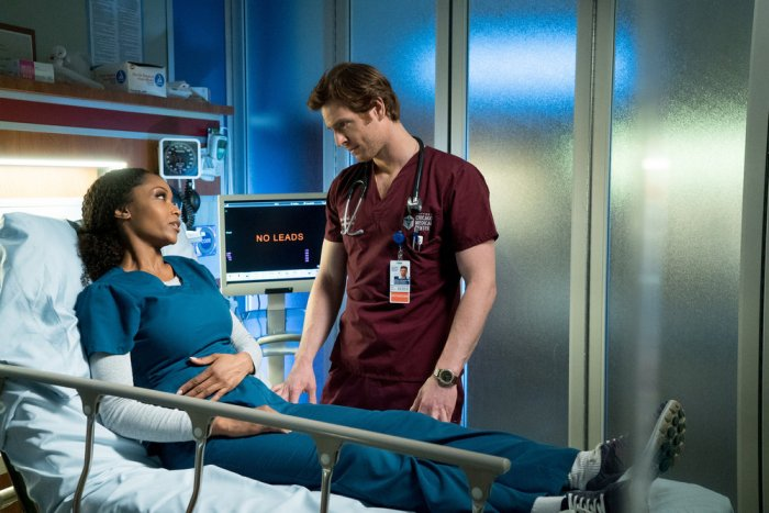 "CHICAGO MED -- ""Timing"" Episode 118 -- Pictured: (l-r) Yaya DaCosta as April Sexton, Nick Gehlfuss as Dr. Will Halstead -- (Photo by: Elizabeth Sisson/NBC)"
