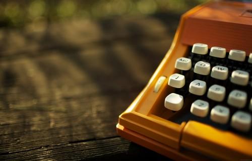 typewriter picnic