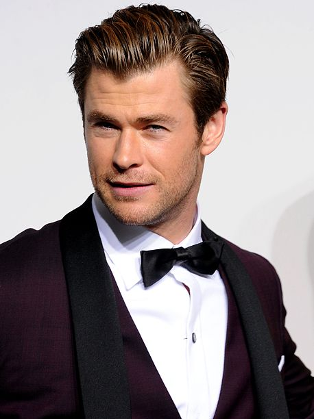 Chris Hemsworth joins Paul Feig s Ghostbusters as