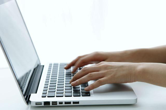 Personalize Your Email Cover Letter With These Samples