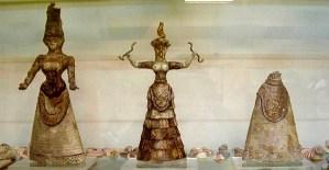 Minoan Snake Goddesses, Herakleion museum, Crete. J. Ollè, 2005.