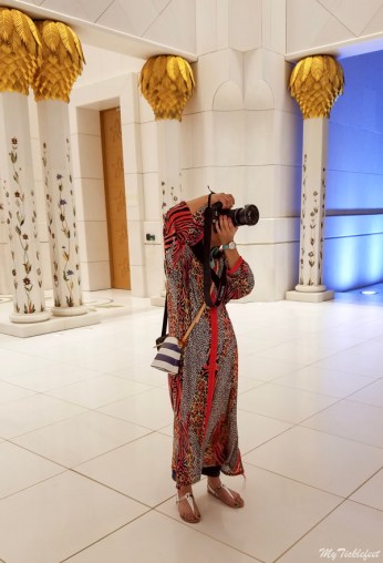 Photography in Sheikh Zayed Grand Mosque