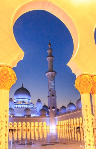Photographing Grand Mosque in Abu Dhabi