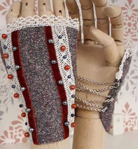 Handprydnader av Julia Elstring Högberg aka Mytomsydd.Handprydnader av Julia Elstring Högberg aka Mytomsydd.