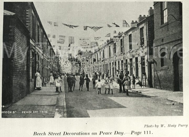 Peace Day celebrations on Beech Street (1919)