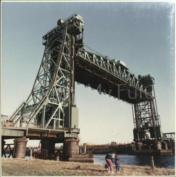 Newport Bridge last raising of the bridge 18th November 1990