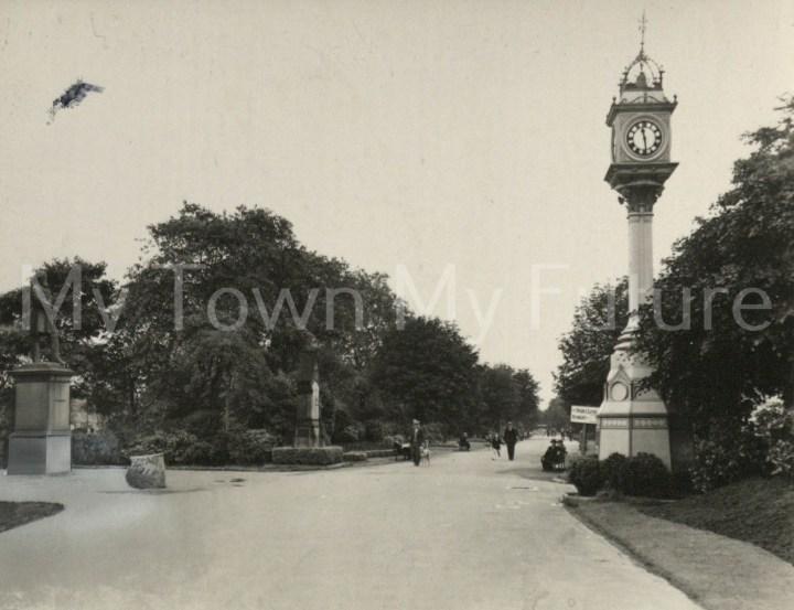 Albert Park - Entrance - Francis Frith Collection