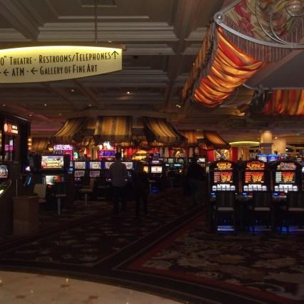Warum gibt es in Las Vegas keine Uhren in Casinos