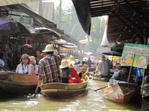"Marché Flottant de Bangkok ""Damnoen Saduak"""