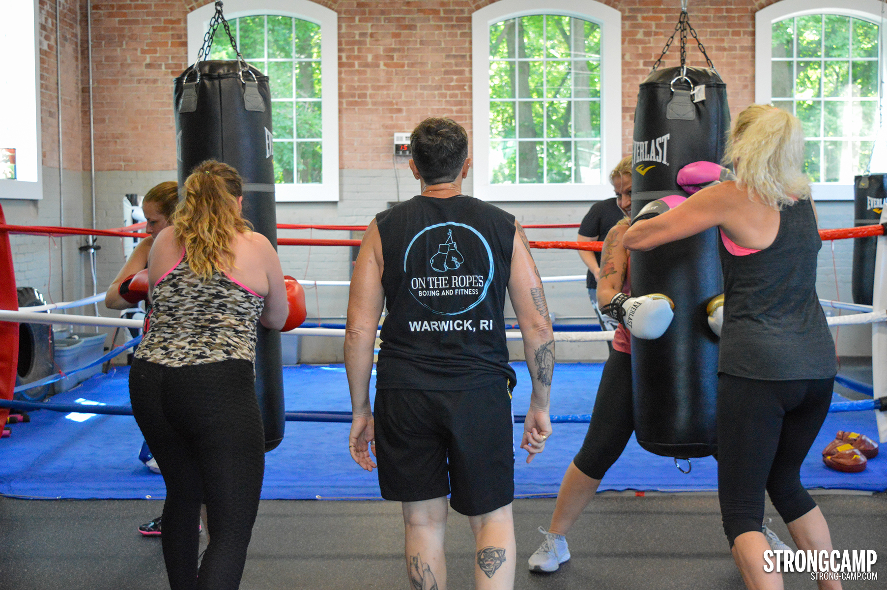 STRONGCAMP boxing at on the ropes