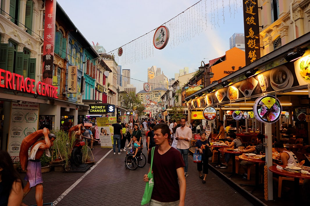 via commerciale e turistica di chinatown